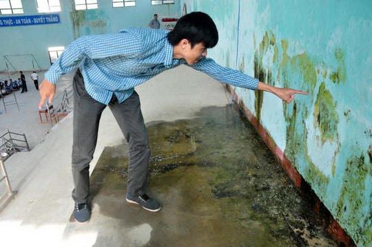 Lên phương án vệ sinh sàn nhà cũ