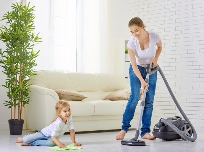 Lý dọn nên vệ sinh nhà ở thường xuyên