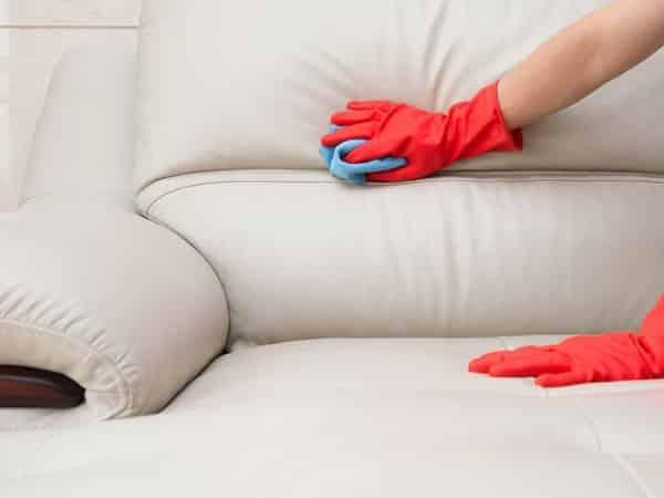 Lý do cần giặt ghế sofa thường xuyên