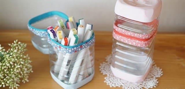 Làm hộp đựng đồ dùng từ chai nhựa