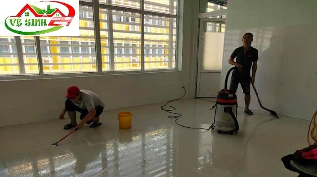 Dịch vụ vệ sinh nhà mới xây tại TPHCM