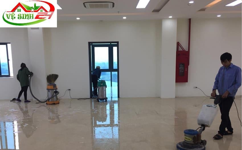 Dịch vụ vệ sinh công nghiệp tại Hóc Môn
